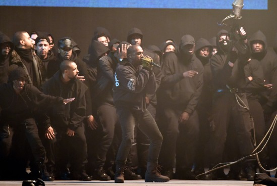 kanye-west-performs-brits-2015_3747x2512